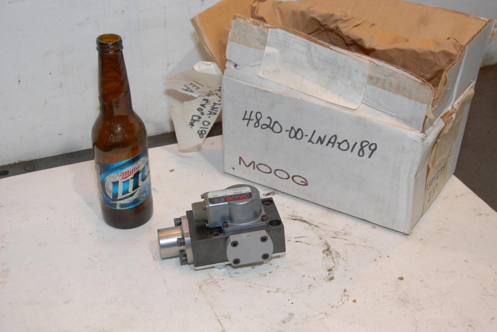 NEW MOOG SERVOVALVE 730Y234 SER 237 servo valve