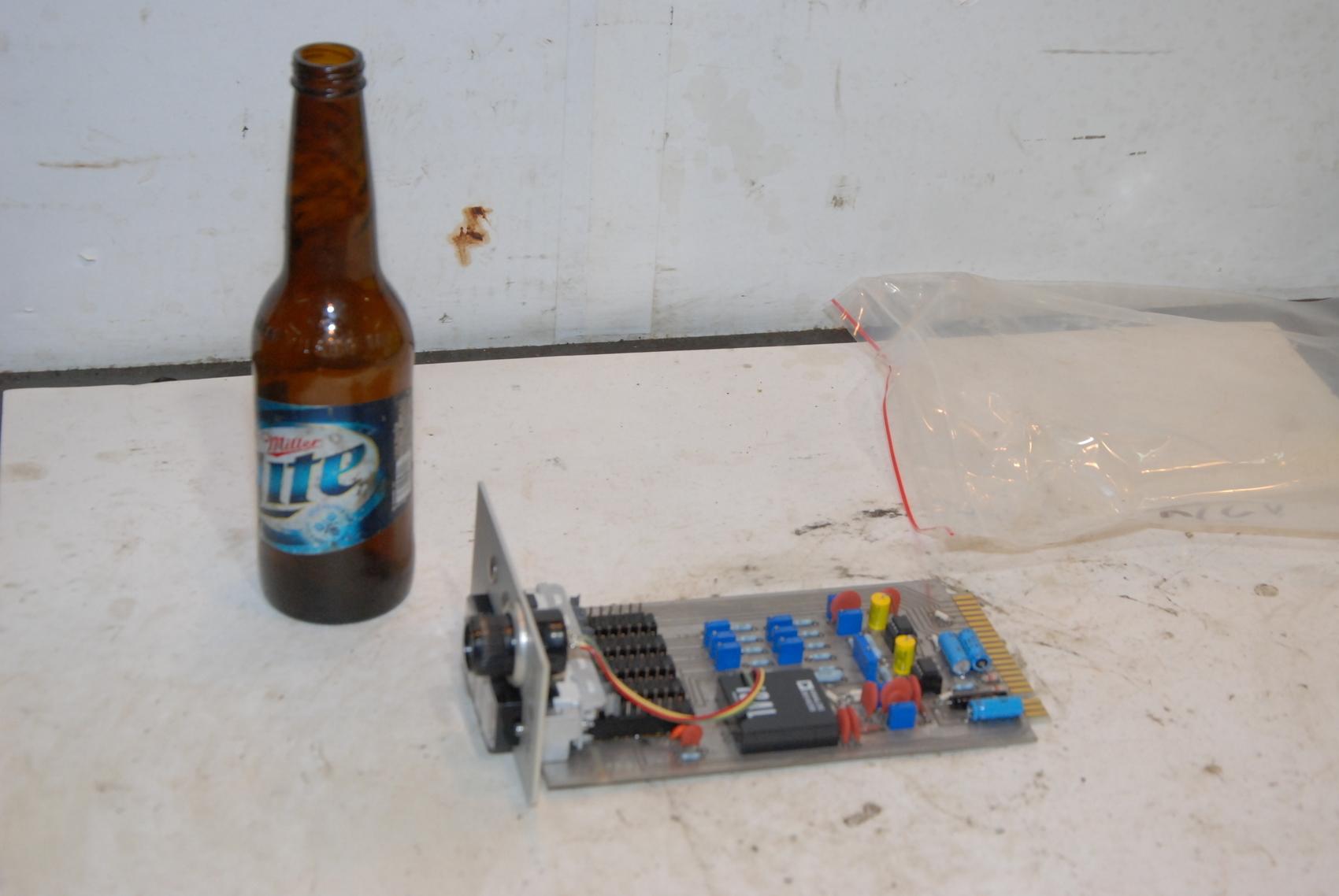 TINIUS OLSEN 3001-0980 Amplifier Board
