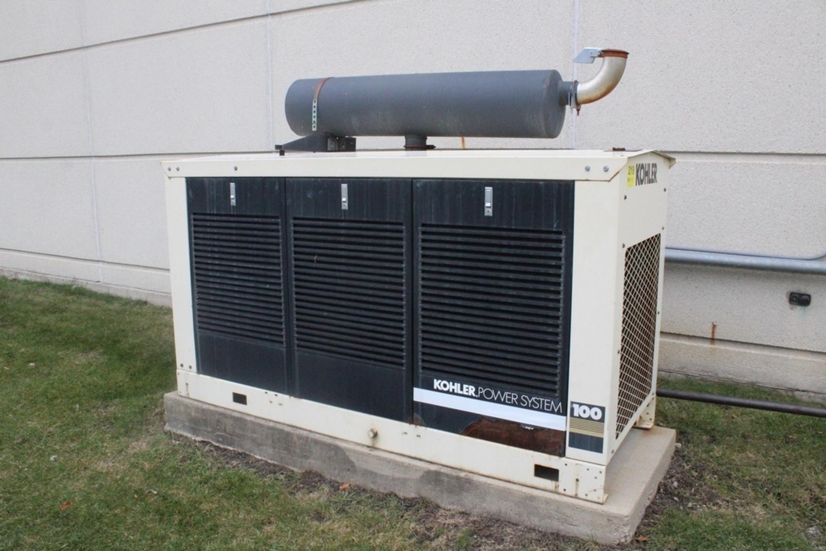 KOHLER MODEL 100 100RZ 125 KVA NATURAL GAS FAST RESPONSE GENERATOR.